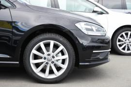 2019 Volkswagen Golf 7.5 110TSI Comfortline Hatchback Image 5