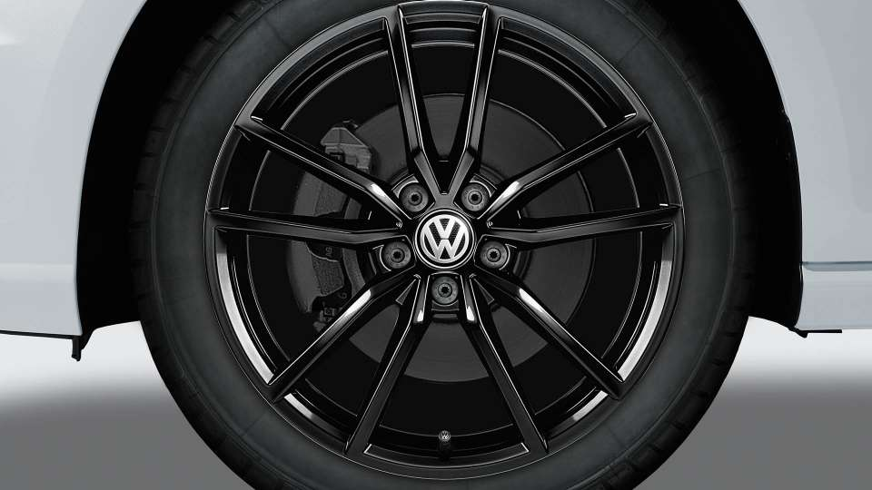 Black Pretoria alloy wheel
