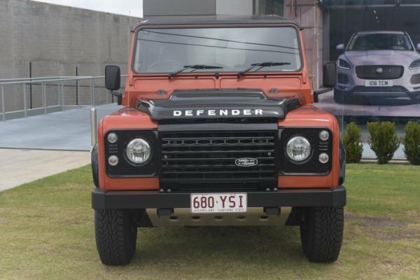 2015 MY16 Land Rover Defender 90 Adventure Wagon Image 3