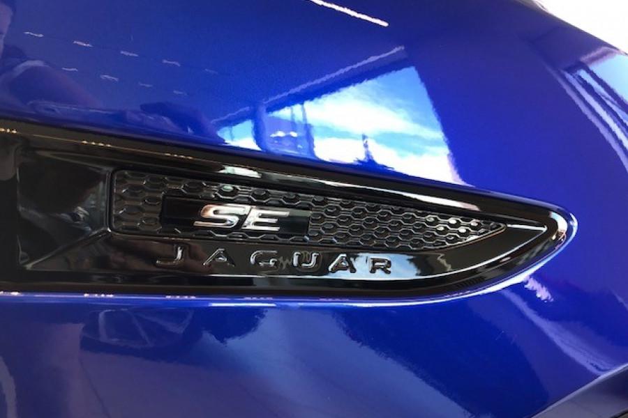 2019 MY20 Jaguar E-PACE X540 20MY D180 Suv Image 18