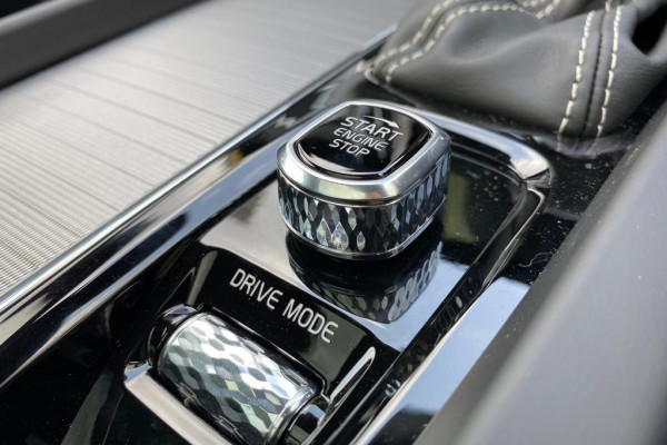 2019 Volvo XC60 UZ D5 R-Design Suv Image 5
