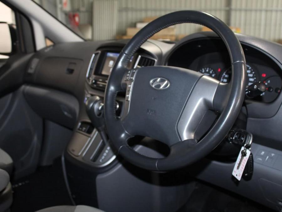 2016 Hyundai Imax TQ3-W Series II Wagon