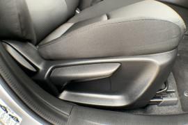 2018 Mazda 3 BN5478 Neo Sedan Image 5