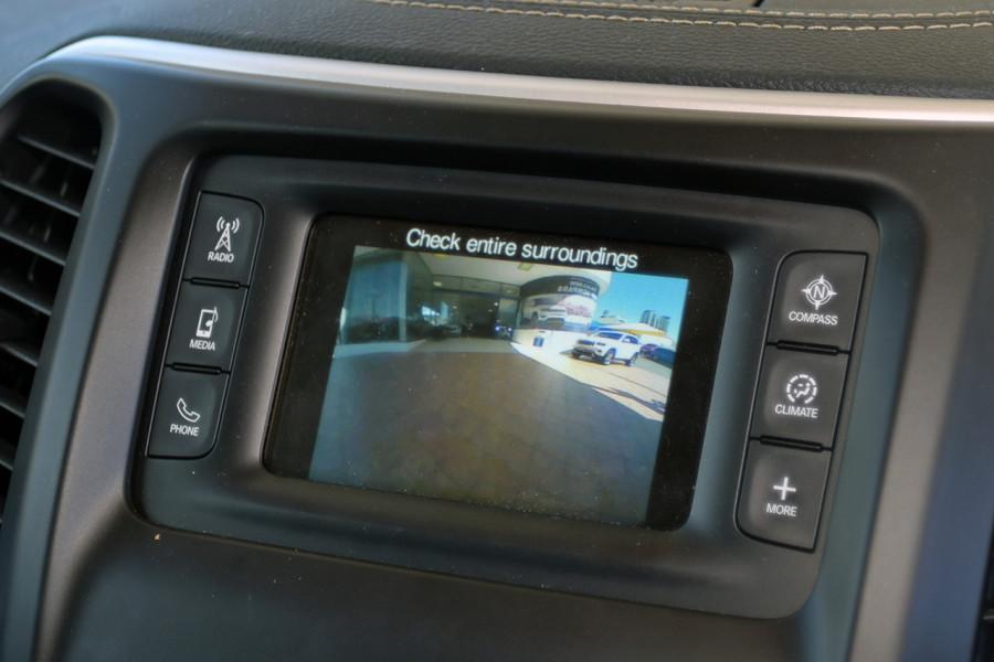 2017 MY18 Jeep Cherokee KL Night Eagle Suv Mobile Image 21
