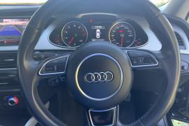 2015 Audi A4 B8 8K  S LINE PLUS Sedan Image 5