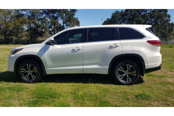 2017 Toyota Kluger 9T871001A-001 9T871001A Suv Image 4