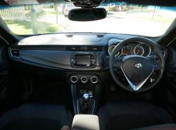 2015 Alfa Romeo Giulietta Se Sprint Hatchback