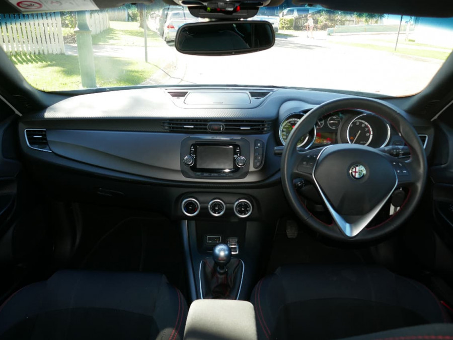 Print 2015 Alfa Romeo Giulietta Sprint Cricks Nambour Nissan