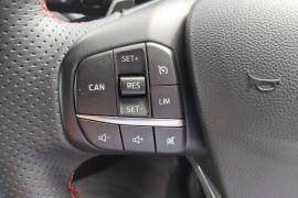 2019 MY19.75 Ford Focus SA  ST-Line Hatchback Mobile Image 31