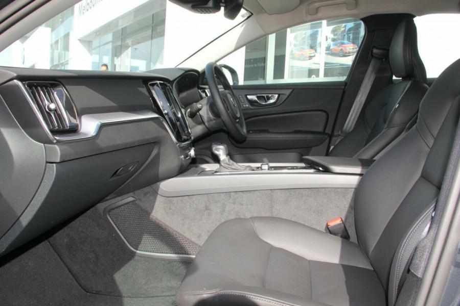 2019 MY20 Volvo S60 Z Series T5 Momentum Sedan Image 9