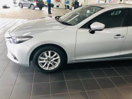 2017 Mazda 3 BN5276 Maxx Sedan image 4