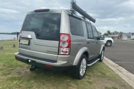 2011 Land Rover Discovery 4 Vehicle Description.  4 MY11 SDV6 HSE WAG CMND 6SP 3.0DTT SDV6 Wagon Image 3
