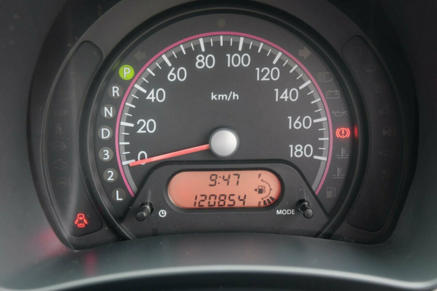2010 Suzuki Alto GF GL Hatchback Image 16