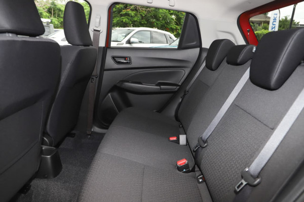 2020 MY21 Suzuki Swift AZ Series II GLX Hatchback image 12