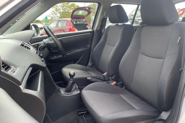 2012 Suzuki Swift FZ GLX Hatchback