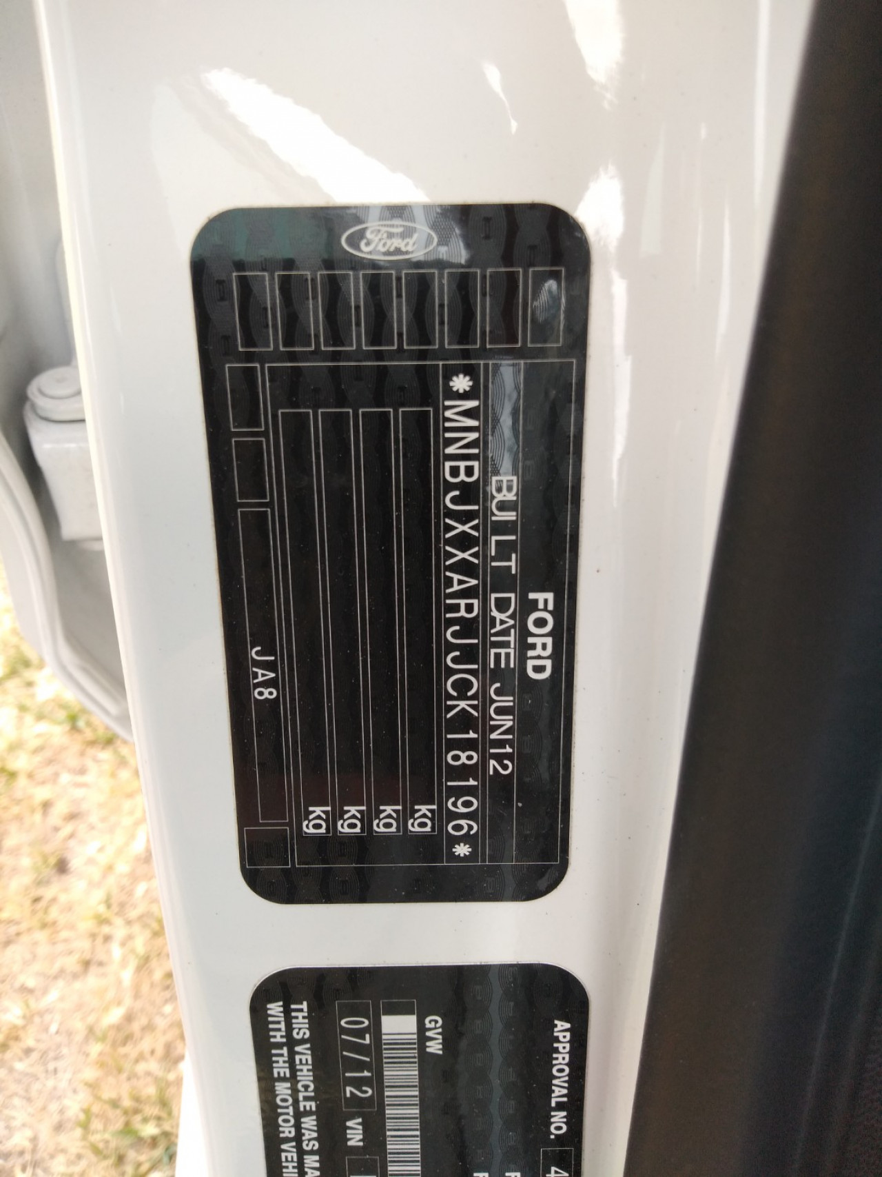 2012 Ford Fiesta WT LX Sedan Image 12