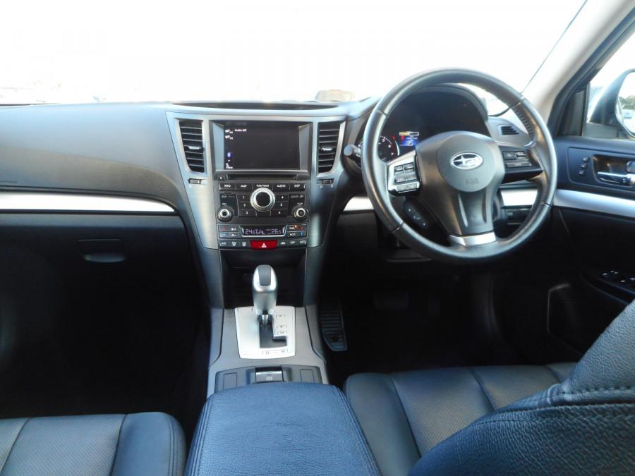 2013 Subaru Outback 5GEN 2.5i Suv Image 13