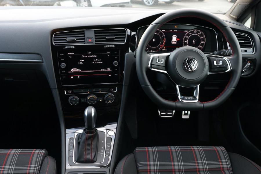 2020 Volkswagen Golf 7.5 GTI Hatchback Image 9