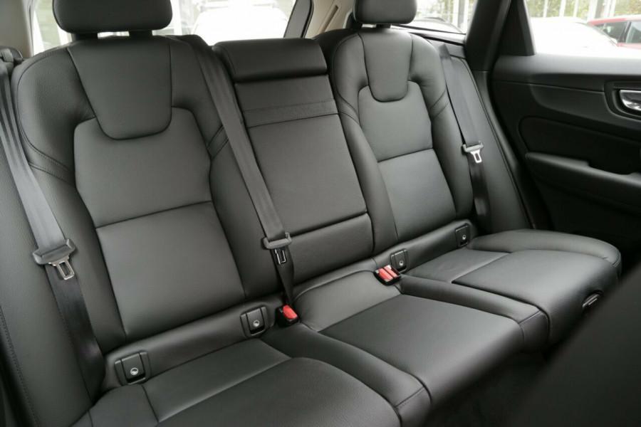 2018 MY19 Volvo XC60 UZ D4 Inscription (AWD) Suv Mobile Image 9
