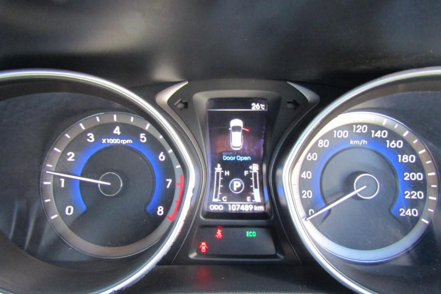 2013 MY14 Hyundai i30 GD2 Premium Hatchback Image 13