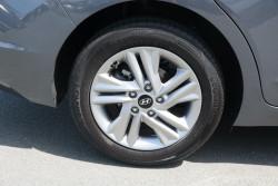 2019 MY20 Hyundai Elantra AD.2 Active Sedan Image 5