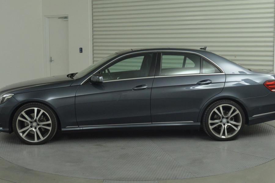2013 Mercedes-Benz E300 W212 MY13 BlueTEC Sedan Mobile Image 7