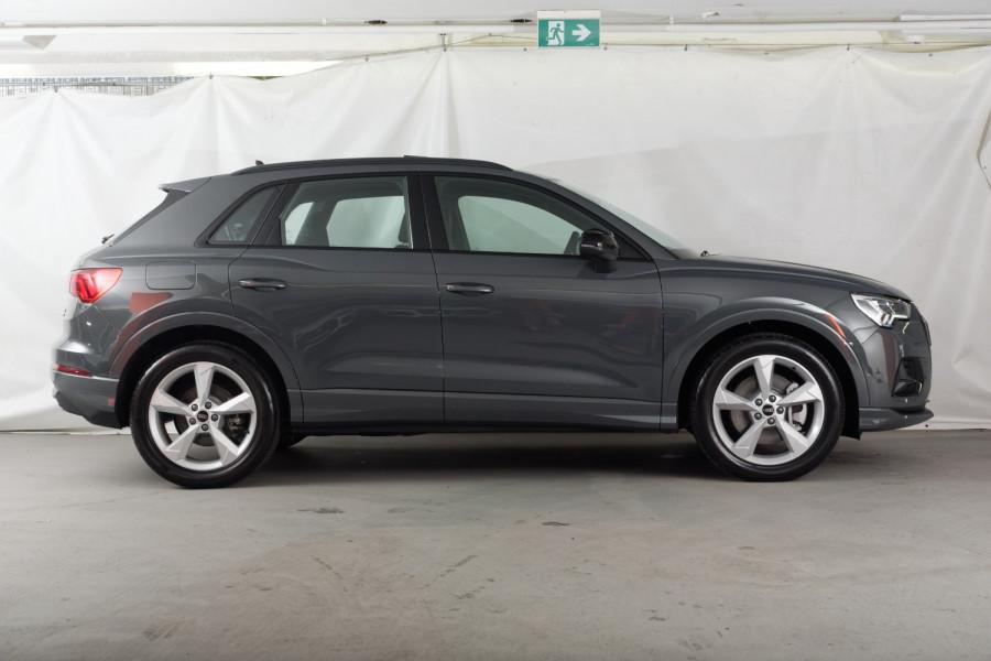 2021 Audi Q3 S-tronic