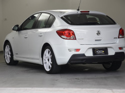 2013 Holden Cruze Vehicle Description. JH  II MY13 SRI HATCH 5DR SA 6SP 1.4T SRi Hatchback Image 3