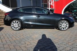 2014 Mazda 3 BM5236 SP25 Sedan Image 2