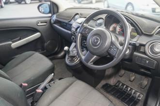 2014 Mazda 2 DE Series 2 MY14 Neo Sport Hatchback Image 4
