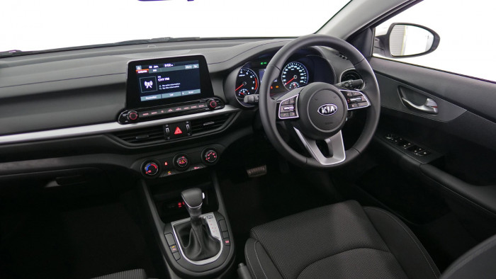 2021 MY1  Kia Cerato BD S with Safety Pack Hatchback Image 13