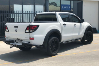 2019 Mazda BT-50 UR 4x4 3.2L Dual Cab Chassis XT Cab chassis Image 3