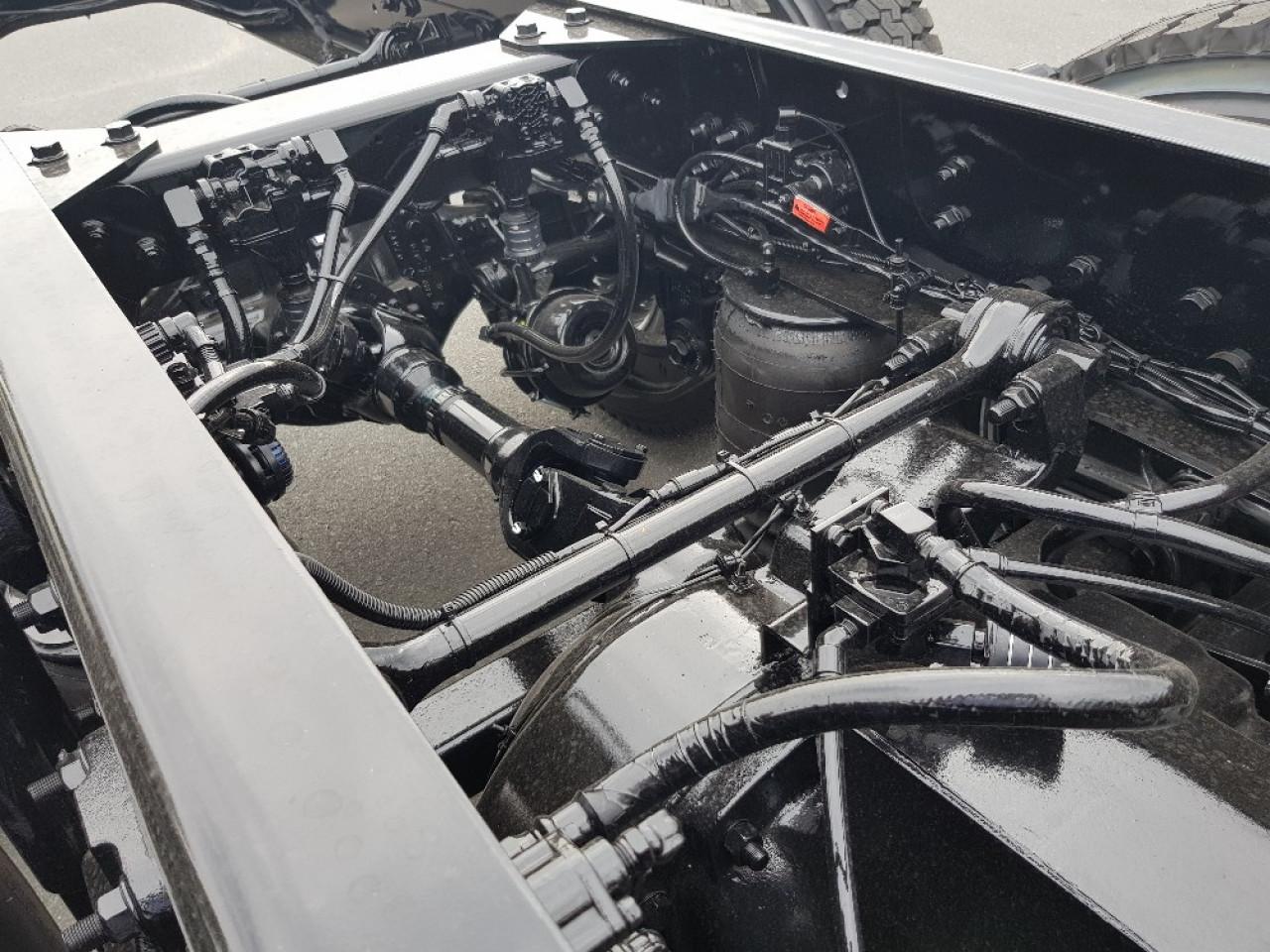 2018 Iveco Acco 8X4 Agi Spec