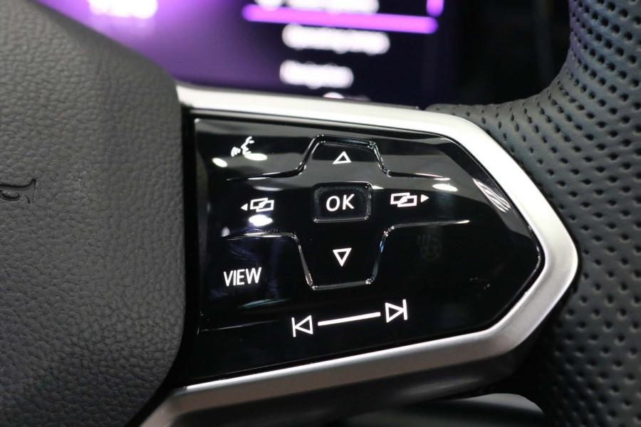 2021 Volkswagen Golf 8 GTI Hatchback Image 15