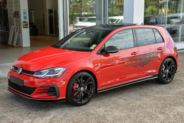 2020 Volkswagen Golf 7.5 GTi TCR Hatchback Image 5