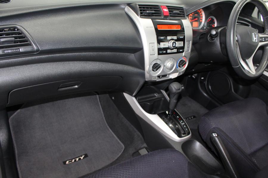2010 MY09 Honda City GM MY09 VTI-L Sedan Image 13