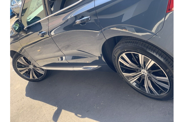 2021 MY22 Volvo XC60 UZ MY22 B5 AWD Inscription Suv Image 4