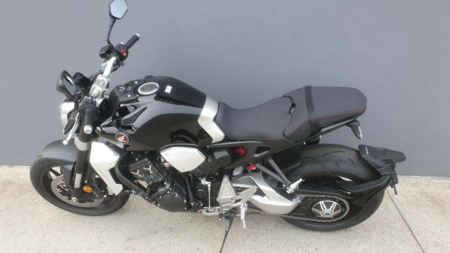 2019 Honda CB1000R CB1000R Image 13