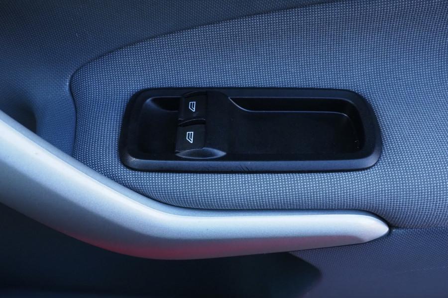 2012 Ford Fiesta WT CL Hatchback Image 14