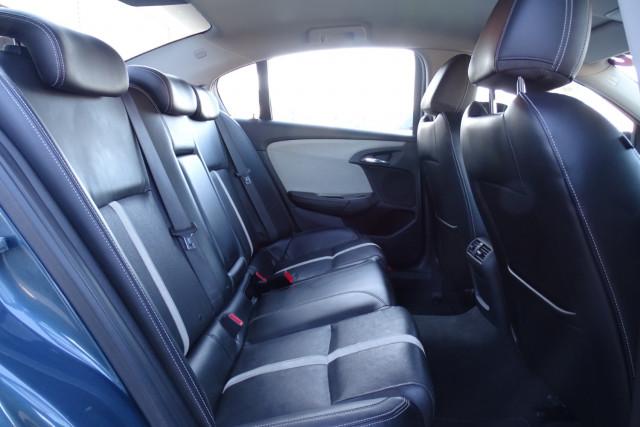 2013 Holden Commodore Calais 15 of 30