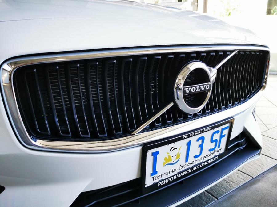 2019 Volvo V60 (No Series) MY20 T5 Momentum Wagon Image 8