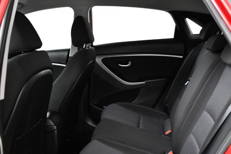 2016 MY17 Hyundai i30 GD4 Series II Active Hatchback Image 7