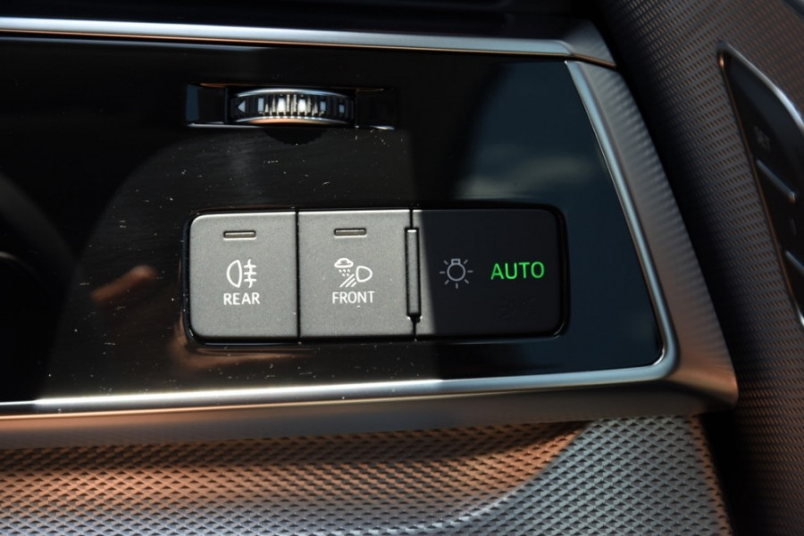 2019 Audi Q8 Suv Image 19