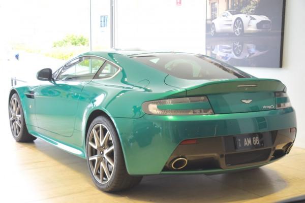 2011 Aston martin V8 MY11 Vantage Coupe Image 3