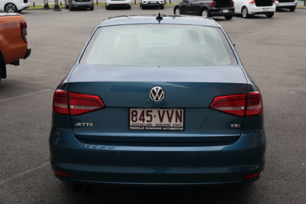 2015 Volkswagen Jetta 1B MY15 118TSI Sedan Image 4