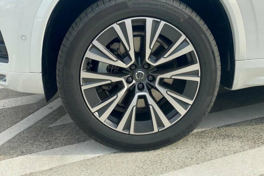 2021 Volvo XC90 L Series T6 Momentum Suv Image 17
