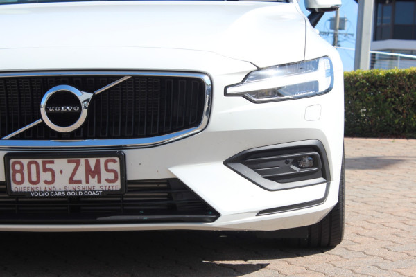 2019 MY20 Volvo V60 F-Series T5 Momentum Wagon Image 4