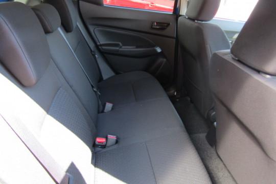 2018 MY17 Suzuki Swift AZ GL Hatchback