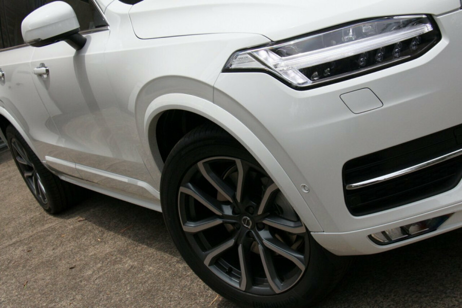 2019 Volvo XC90 L Series D5 Momentum Suv Mobile Image 2