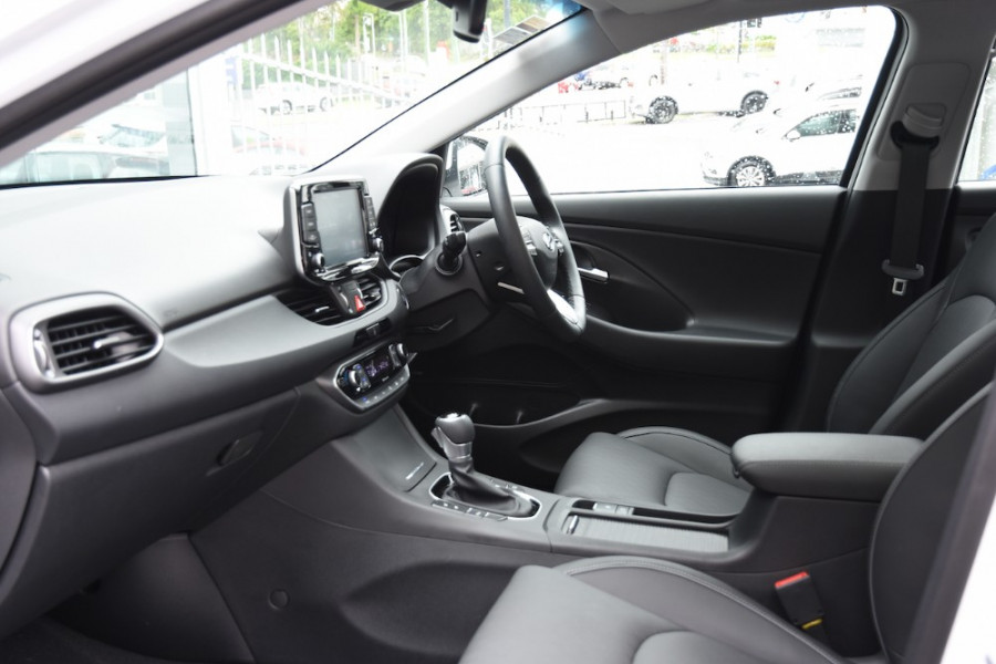 2019 Hyundai i30 PD2 Premium Hatchback Image 6